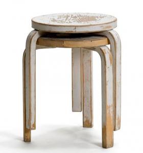 -フィンランドの森が育んだ温もりのあるデザイン- Alvar Aalto(アルヴァ・アアルト)のスツール60
