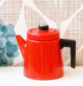 映画「かもめ食堂」で人気に火がついたFINEL(フィネル)社のコーヒーポット