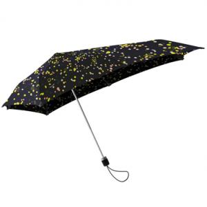 暴風雨にも負けない!機能性と北欧テキスタイルの融合。SENZ(センズ)×mina perhonen(ミナ ペルホネン)の傘