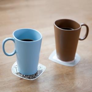 フォルムに特徴あり!mina perhonen(ミナ ペルホネン)の新しいマグカップ「nolla(ノーラ)」